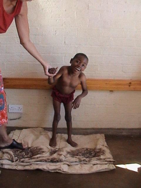 Lille Lassale har bodd på barnehjemmet siden han kom dit som 4-åring. Her er han 6 år på bildet.